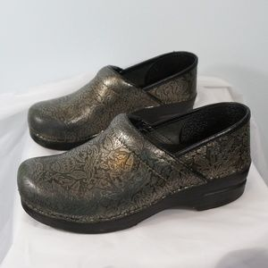 Dansko Silver Professional Clogs Leather 41